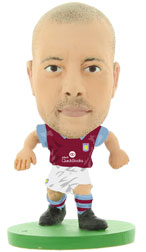 Alan Hutton Aston Villa Home (2015/16) Soccerstarz